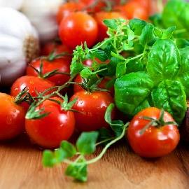 Вкусни чери доматчета